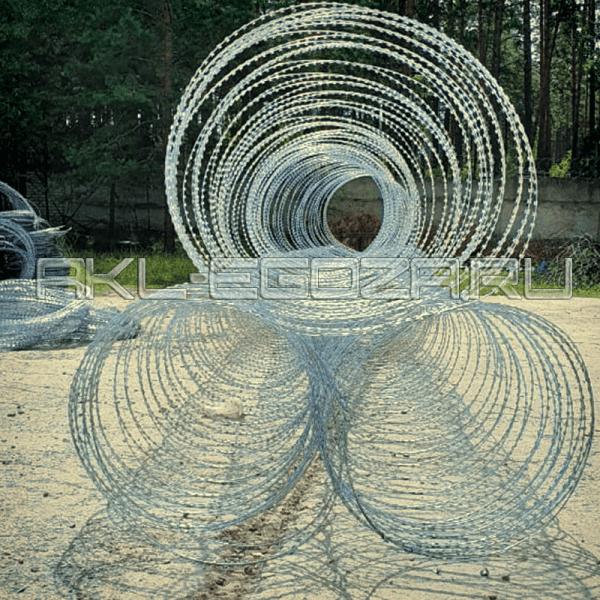 спиральный барьер безопасности для оперативного развертывания заграждений